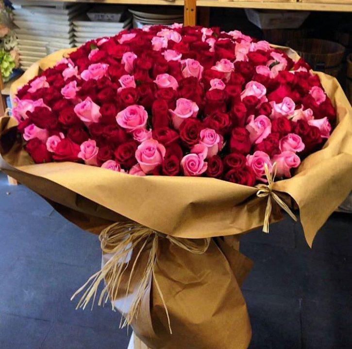 Ramo de 100 Rosas Mixtas