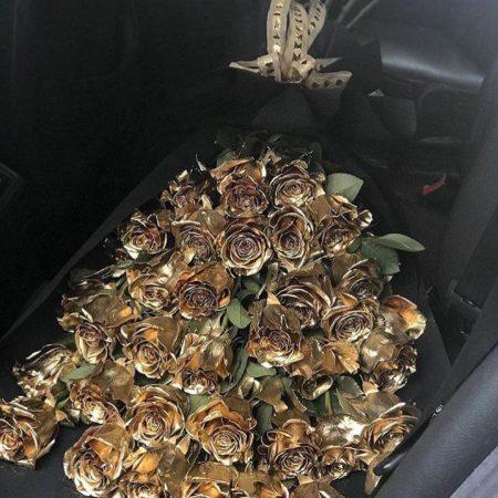Ramo con 50 Rosas Doradas