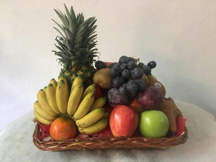 Arreglo Frutal Mediano con Platano